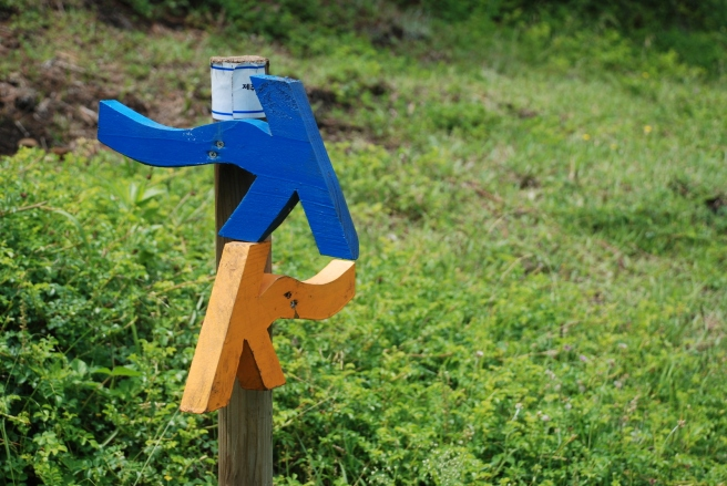 Jeju-Olle-Trail-Waymarking-Wooden-Sign-Posts
